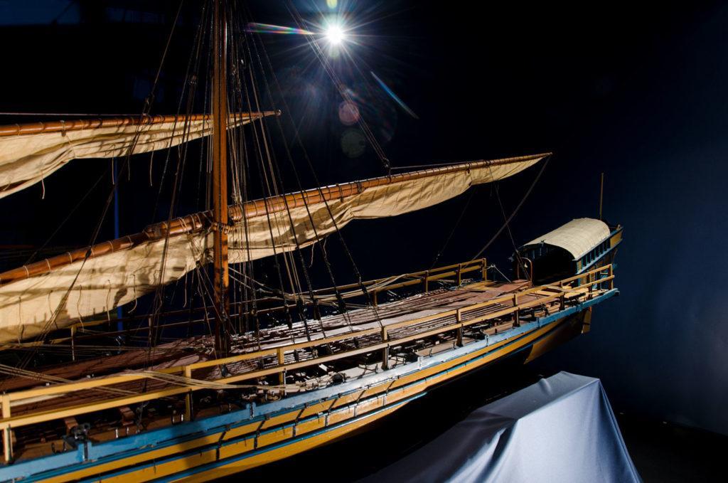 Aktern av ett gammalt skepp